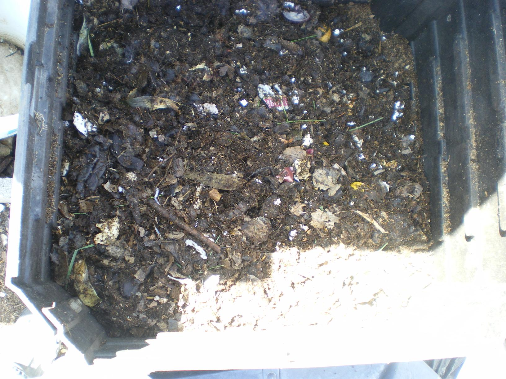 compost-dump-mix-in_0